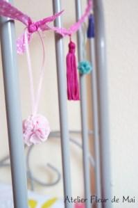 guirlande de pompons 1 Atelier Fleur de Mai